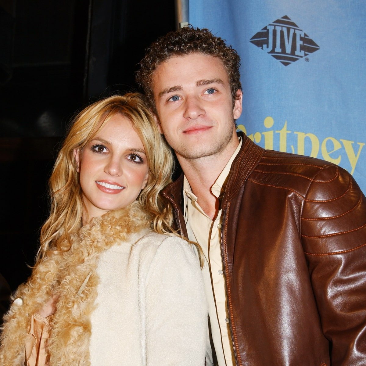1 28 The 20 Most Gorgeous Celebrity Couples Of All Time