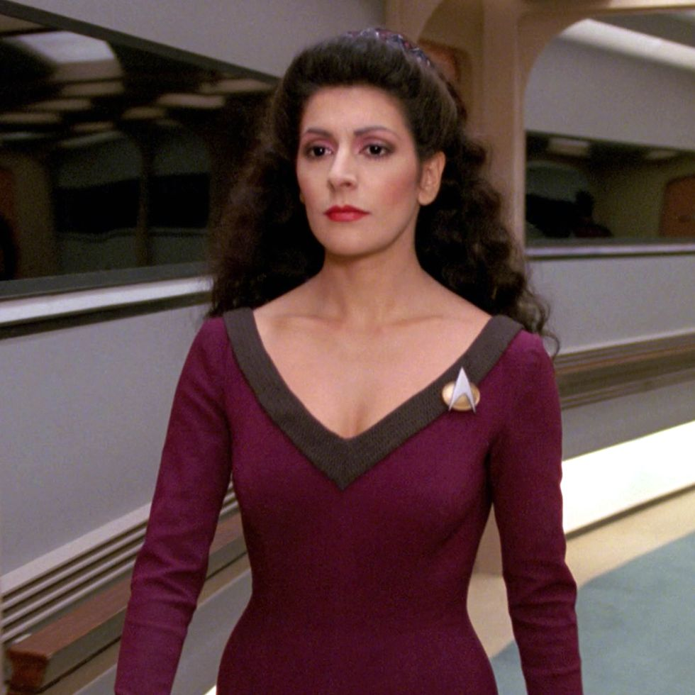1 5 30 Intergalactic Facts About Star Trek: The Next Generation