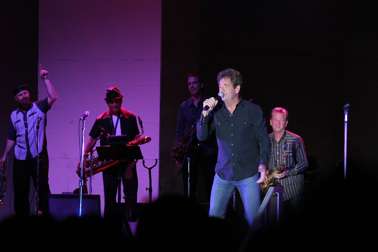 1280px Huey Lewis And The News 20 Things You Might Not Have Known About Huey Lewis and the News