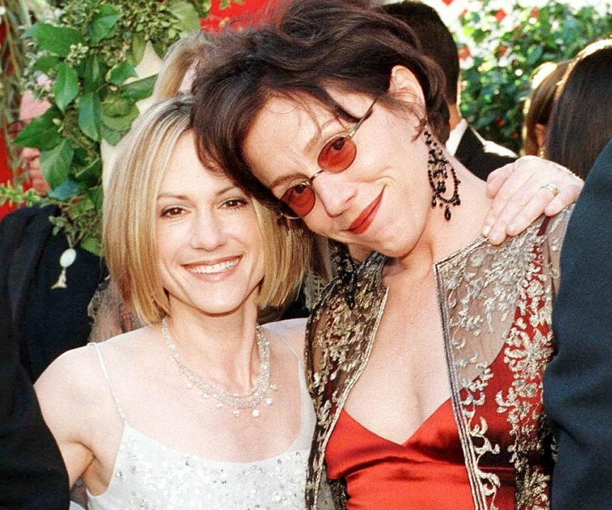 1395779417 holly hunter frances mcdormand zoom e1615884858777 10 Things You Probably Didn't Know About Holly Hunter