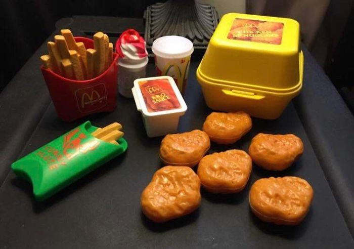 20 82 These Pictures Show How Different McDonald's Was In The 80s & 90s