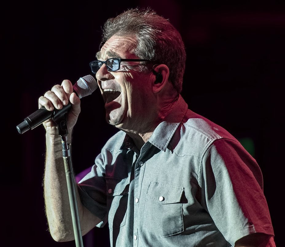 48719791007 a75532d824 b e1626164105691 20 Things You Might Not Have Known About Huey Lewis and the News