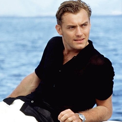 6 13 10 Things You Might Not Have Realised About Jude Law