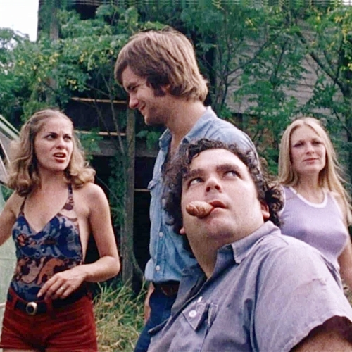9 12 10 Fascinating Facts About The Utterly Terrifying Texas Chain Saw Massacre