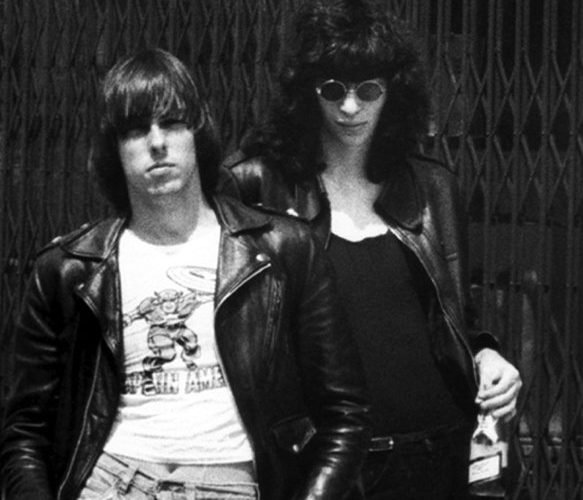 DdkxntlXkAARa y e1615891507409 Hey-Ho! Let's Go With 20 Facts You Might Not Have Known About The Ramones
