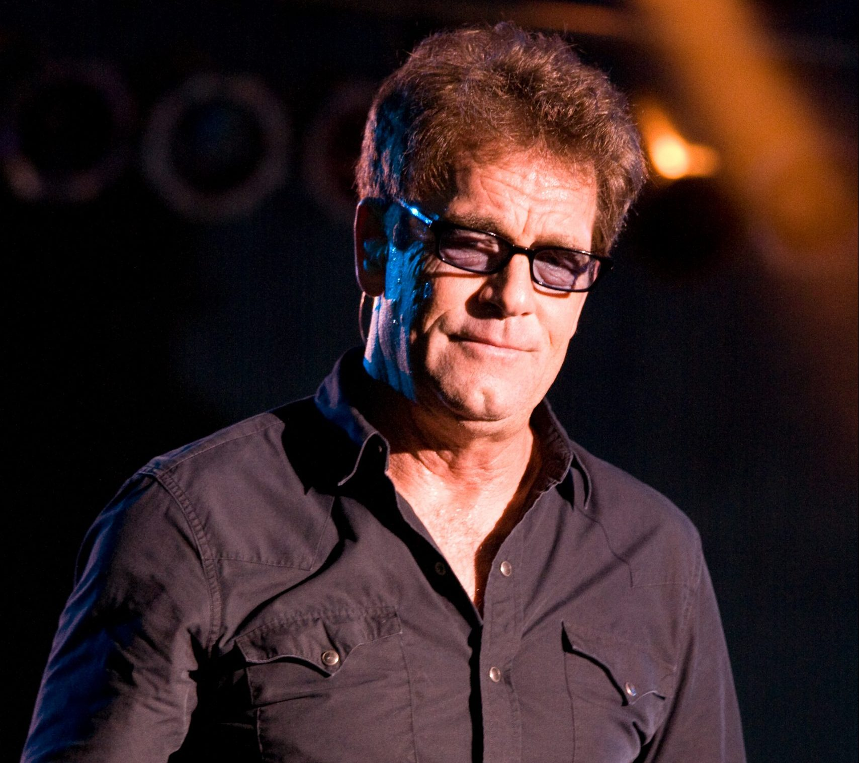 Huey Lewis 07 05 2009 scaled e1626163878993 20 Things You Might Not Have Known About Huey Lewis and the News