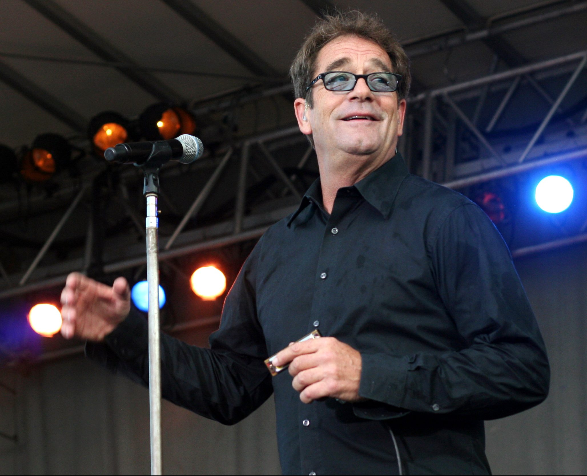 Huey Lewis and the News 2013 9138278434 e1625838865409 20 Things You Might Not Have Known About Huey Lewis and the News