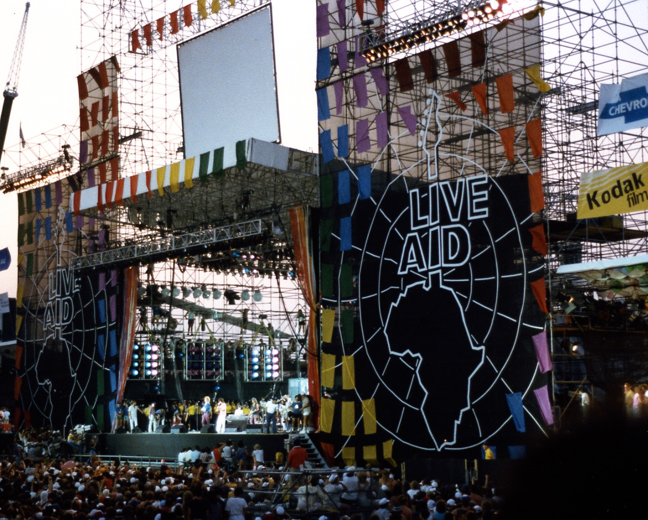 Live Aid at JFK Stadium Philadelphia PA 20 Things You Might Not Have Known About Huey Lewis and the News