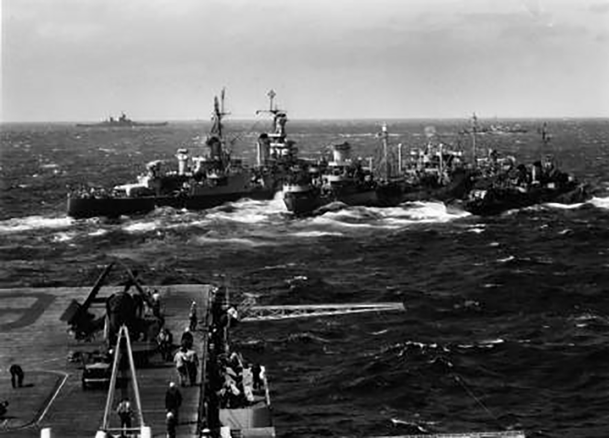 USS Indianapolis Refueling at Sea 1 27 Things You Didn't Know About Jaws