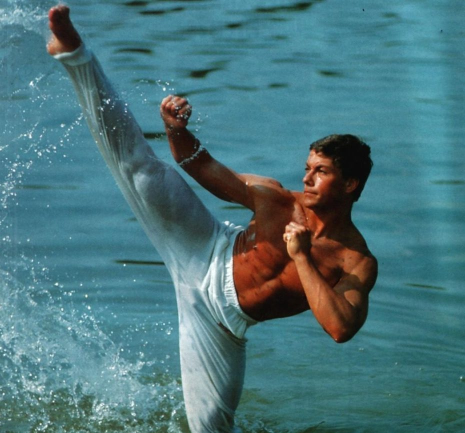 edcdeeec92d3be4696764f93653ab6c7 e1619097210645 25 Crotch-Punching Facts About Jean-Claude Van Damme's 1988 Film Bloodsport