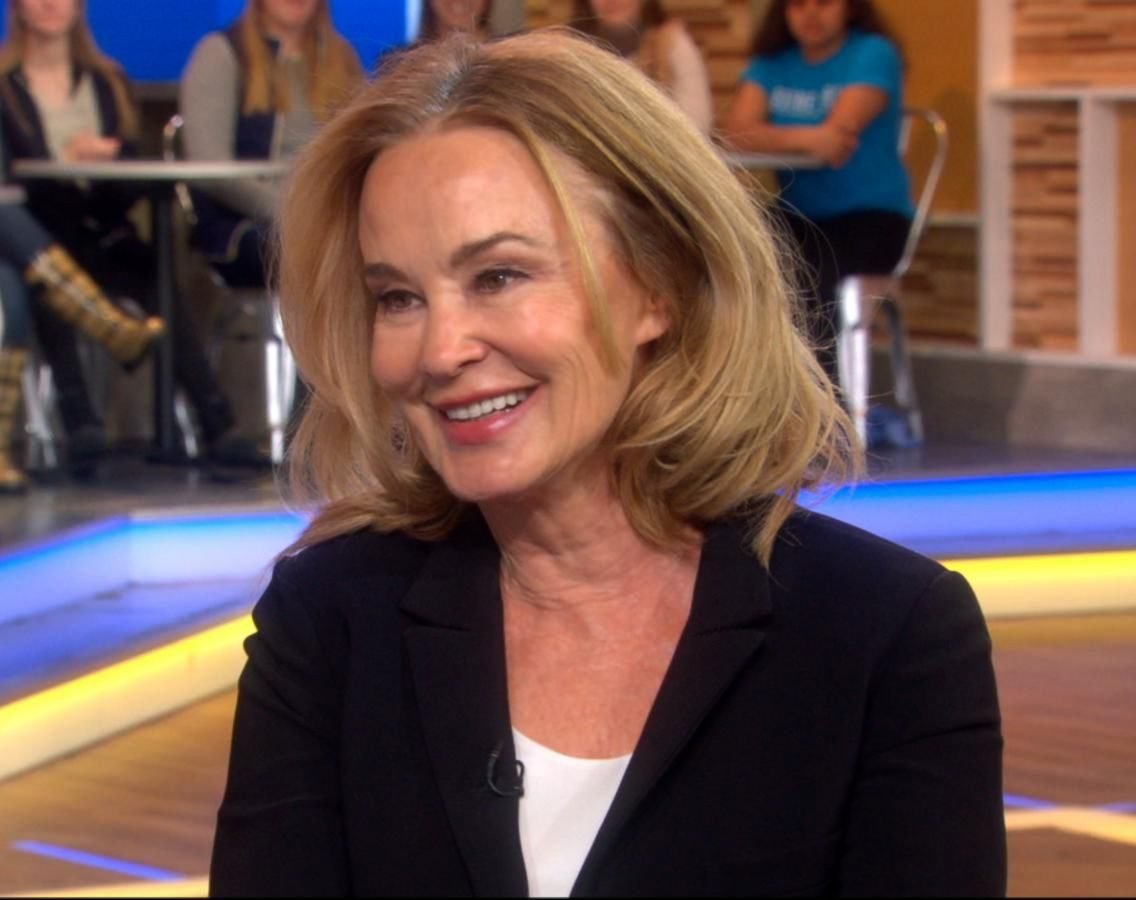 170316 gma feud3 0842 16x9 1600 e1621332343587 20 Things You Never Knew About Jessica Lange