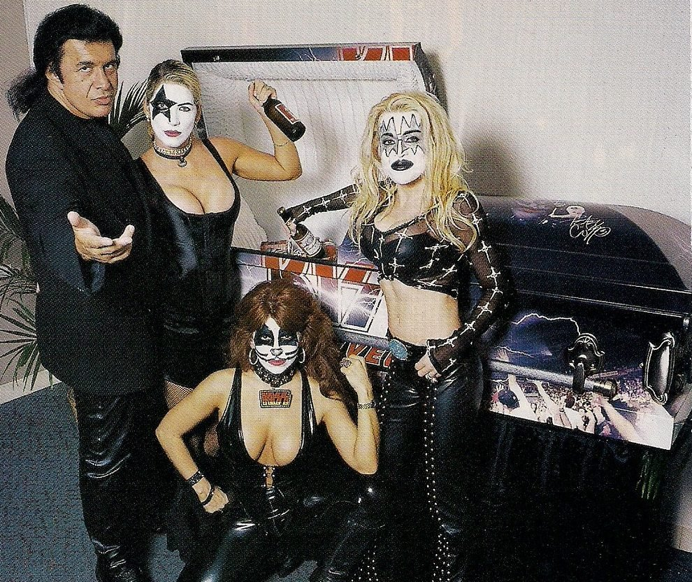 5178845504 1949249905 b e1619512075306 Rock'n'Roll All Night With These 10 Facts About Kiss