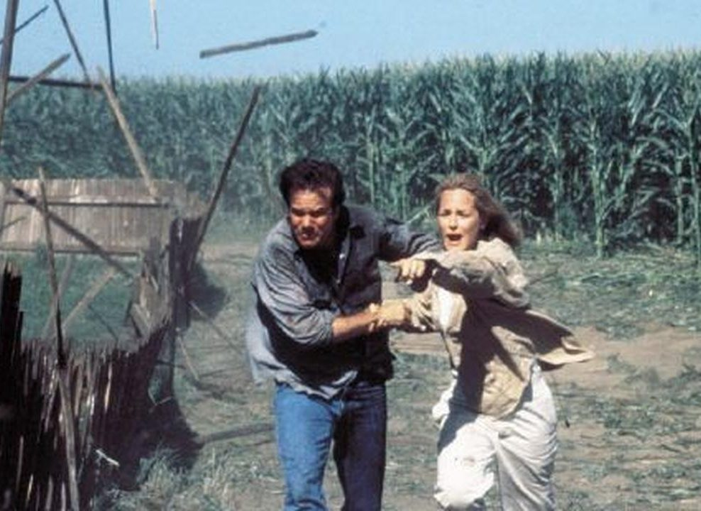 9bo5ldnohr07 hero e1620742142581 Twister: 20 Facts About The 1996 Blockbuster That Will Blow You Away
