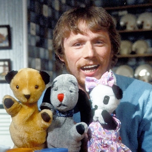INTRO1 Sweep Was Half Dog, Half Saxophone: Things You Never Knew About The Sooty Show