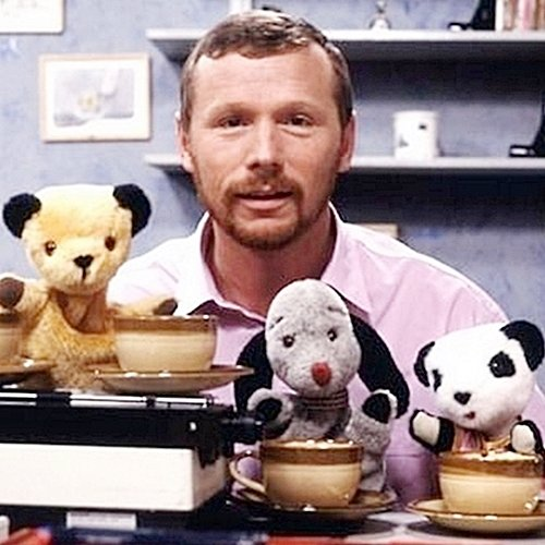 INTRO2 Sweep Was Half Dog, Half Saxophone: Things You Never Knew About The Sooty Show