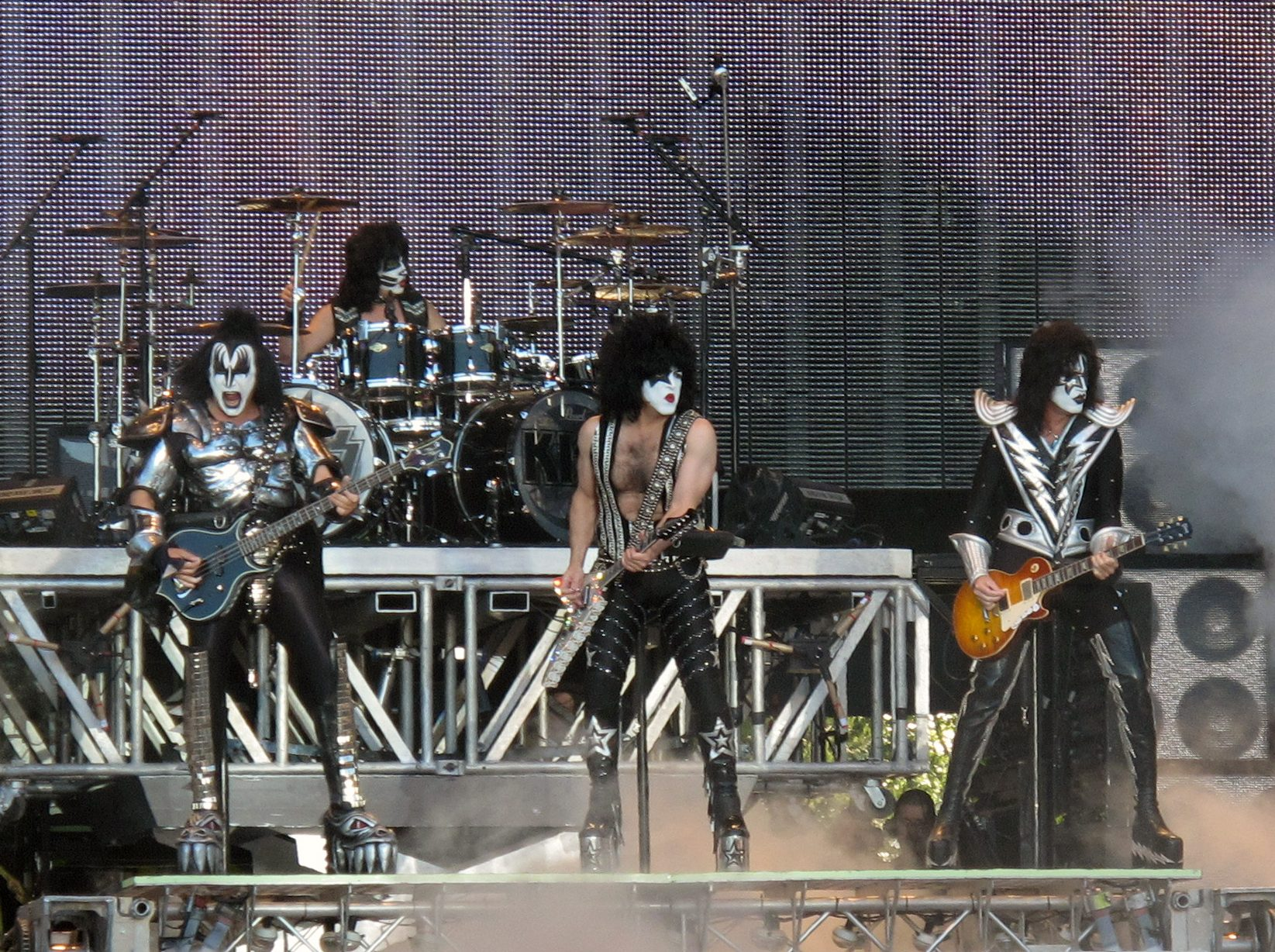 Kiss saunaopenair2010 e1619447819647 Rock'n'Roll All Night With These 10 Facts About Kiss