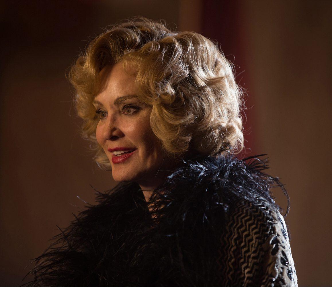 MV5BMjExNzMxNzY2Nl5BMl5BanBnXkFtZTgwNTM0NzkwNDE@. V1 e1621332004821 20 Things You Never Knew About Jessica Lange