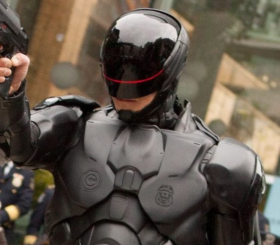 Robocop suit e1620290356461 The Best (And Worst) Revivals Of 80s Movies And TV Shows