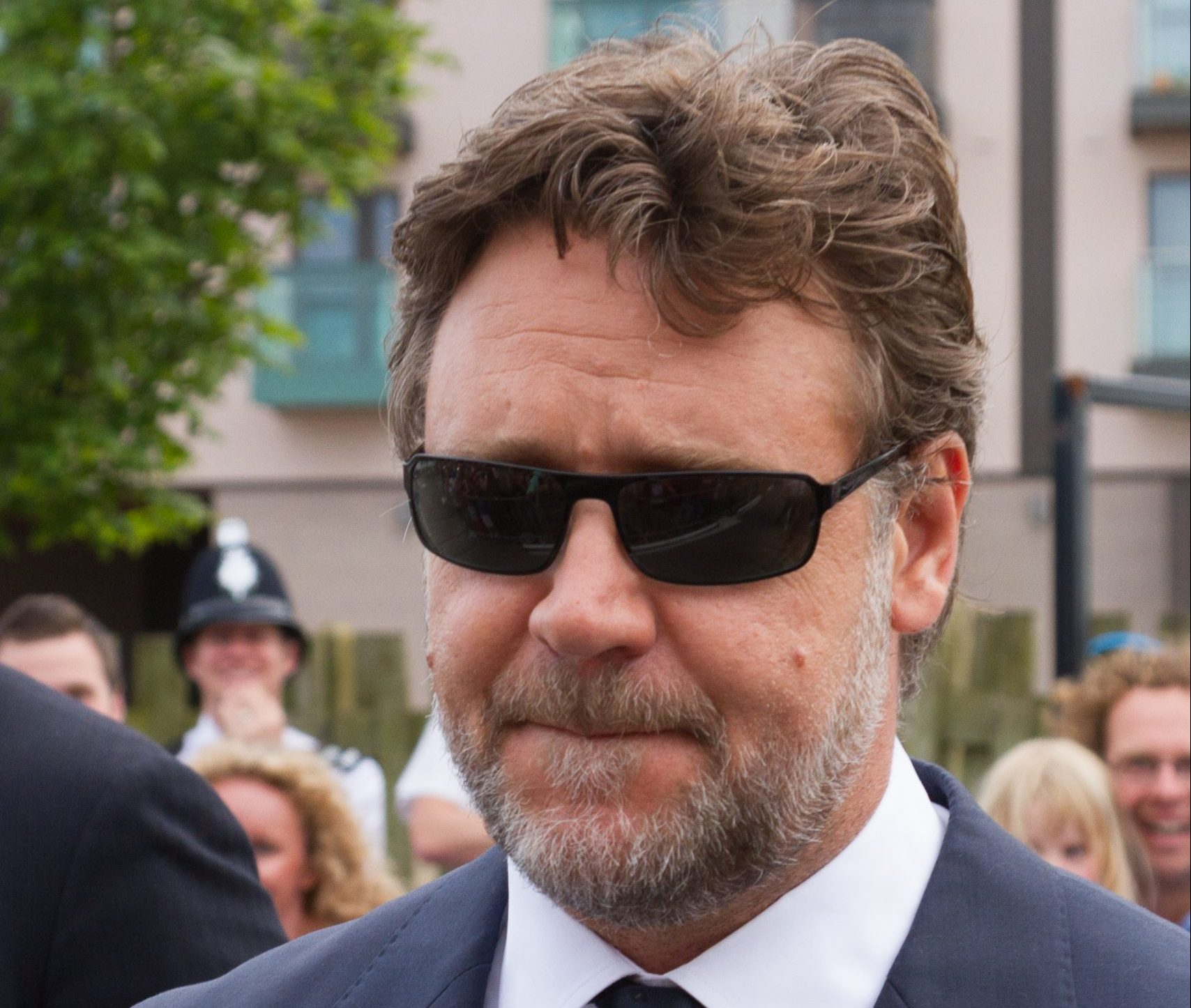 Russell Crowe in St Helier Jersey scaled e1621420191471 20 Things You Never Knew About Russell Crowe