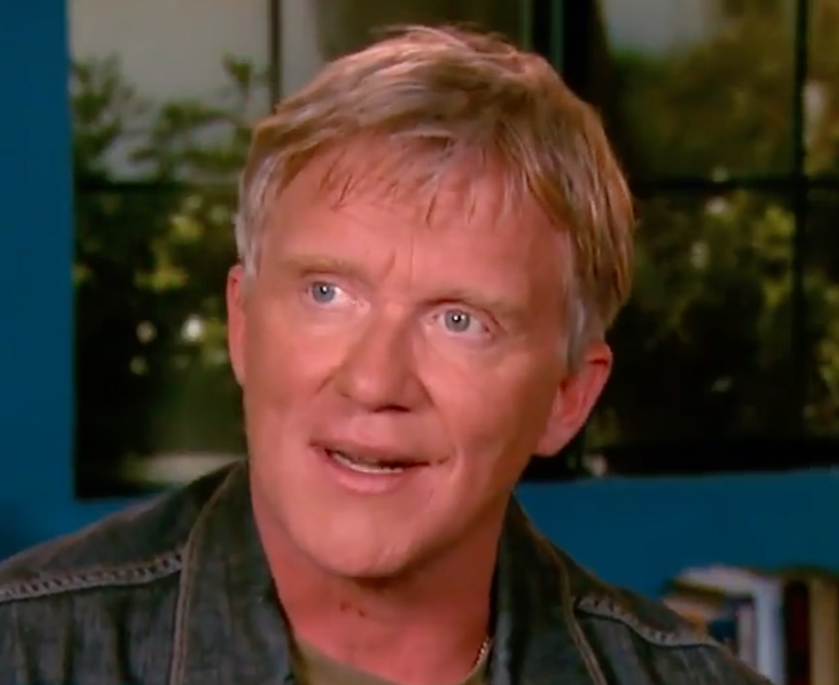 Screenshot 2021 04 14 at 11.17.30 e1618395492629 10 Things You Never Knew About Anthony Michael Hall