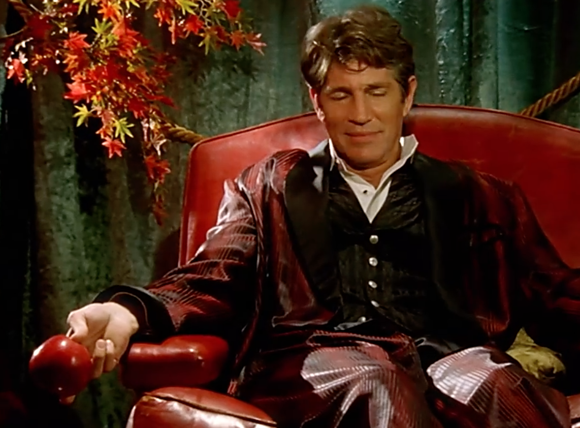 Screenshot 2021 05 06 at 09.40.41 20 Things You Never Knew About Eric Roberts
