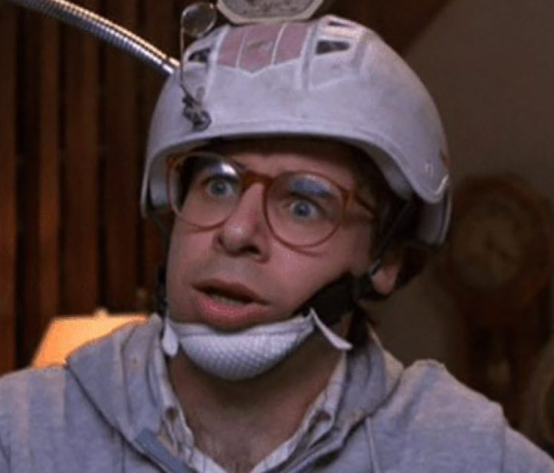 Shrunk Rick Moranis 1280x720 1 e1619602451465 20 Things You Probably Didn't Know About Rick Moranis