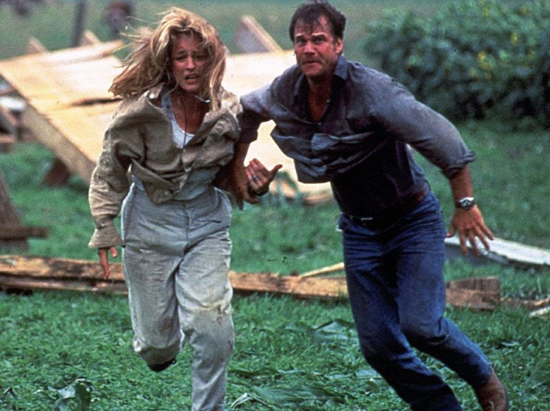 Twister 1996 6 scaled e1620740961804 Twister: 20 Facts About The 1996 Blockbuster That Will Blow You Away