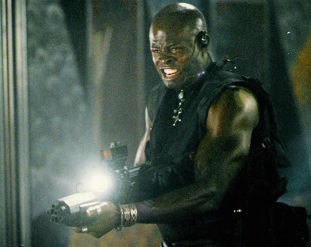 ac71f7ae0a7bcc5368daf3a127b4e64b 25 Things You Didn't Know About 1998's 'King Kong Prequel' Deep Rising
