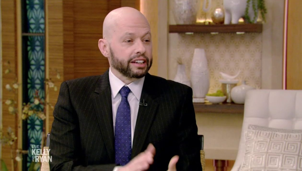 b 1 e1619437061417 20 Things You Never Knew About Jon Cryer