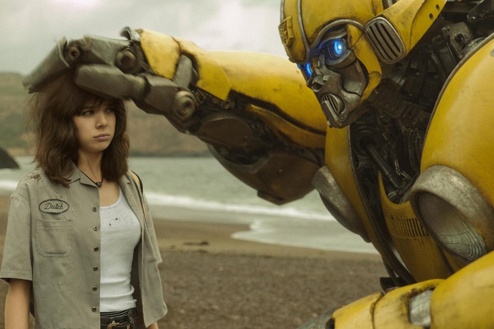 bumblebee 2018 001 hailee steinfeld bumblebee The Best (And Worst) Revivals Of 80s Movies And TV Shows