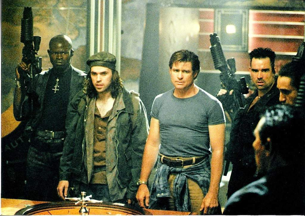 d768dfaa69886c38598b7769c1d647d976f640a1r1 1396 991v2 hq 25 Things You Didn't Know About 1998's 'King Kong Prequel' Deep Rising