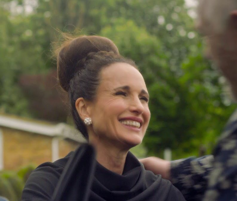 maxresdefault 186 e1621518659818 20 Things You Never Knew About Andie MacDowell