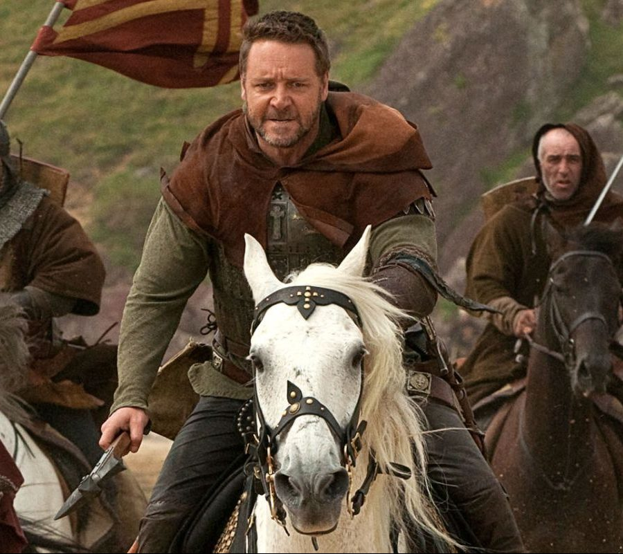 russell crowe robin hood horse e1621421211616 20 Things You Never Knew About Russell Crowe