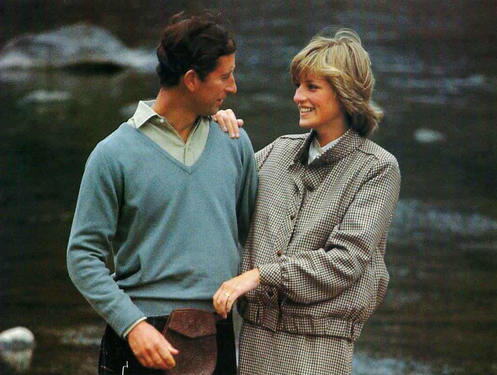 48073949176 d0c20a235b b Princess Diana's Most Iconic Outfits