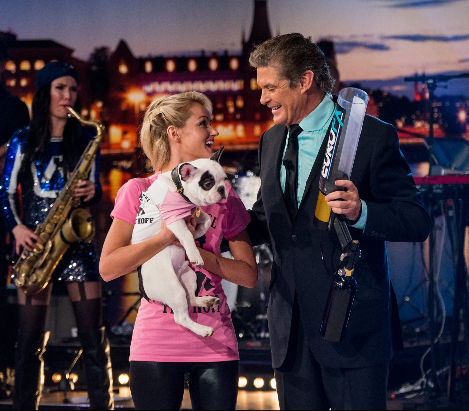 David Hasselhoff With Hayley Roberts 59205654 e1622030322386 Legendary 80s Actors With Massive Relationship Age Gaps