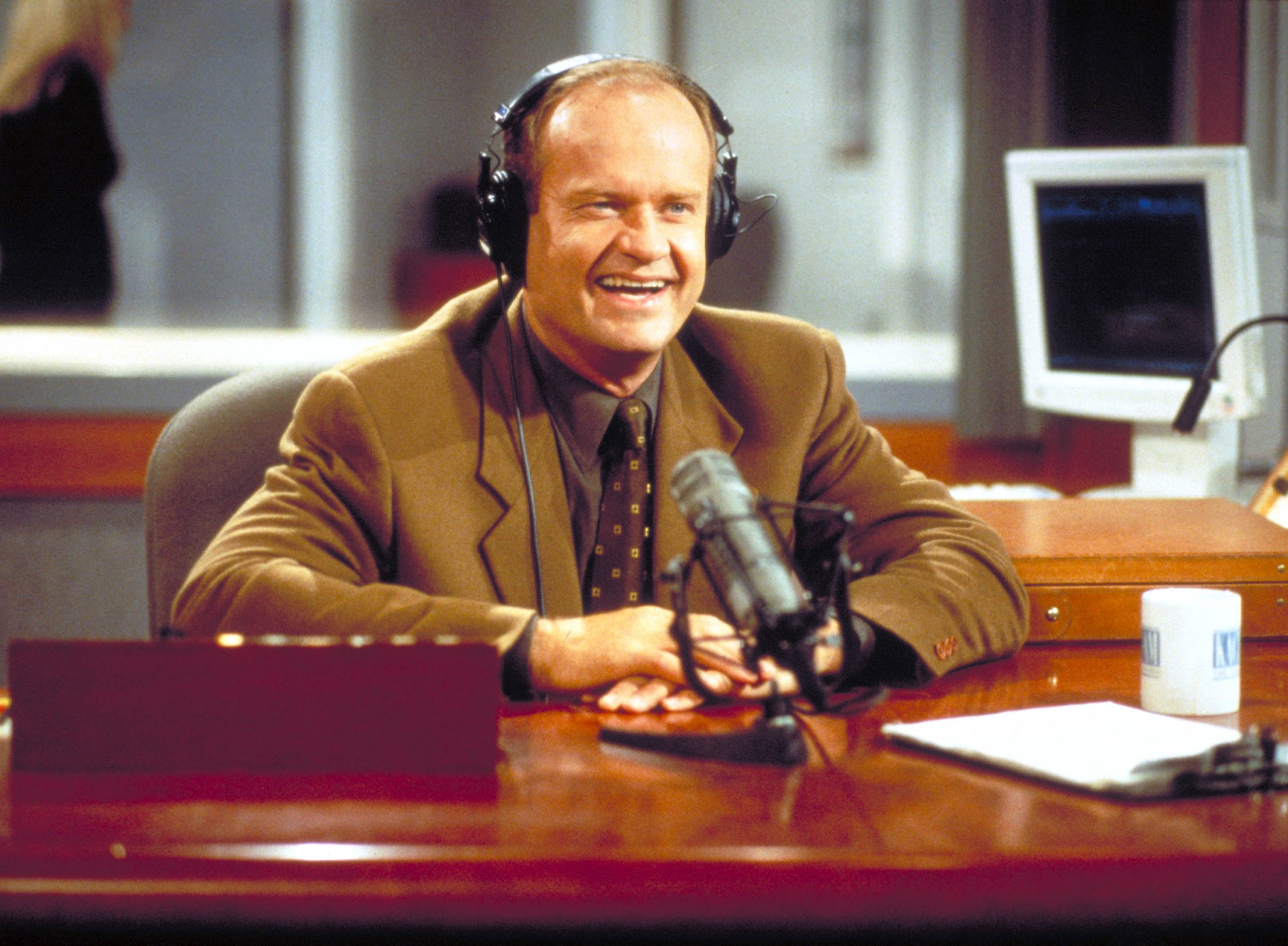 Frasier 1 scaled Raise Your Glasses To These Facts You Might Not Have Known About Cheers