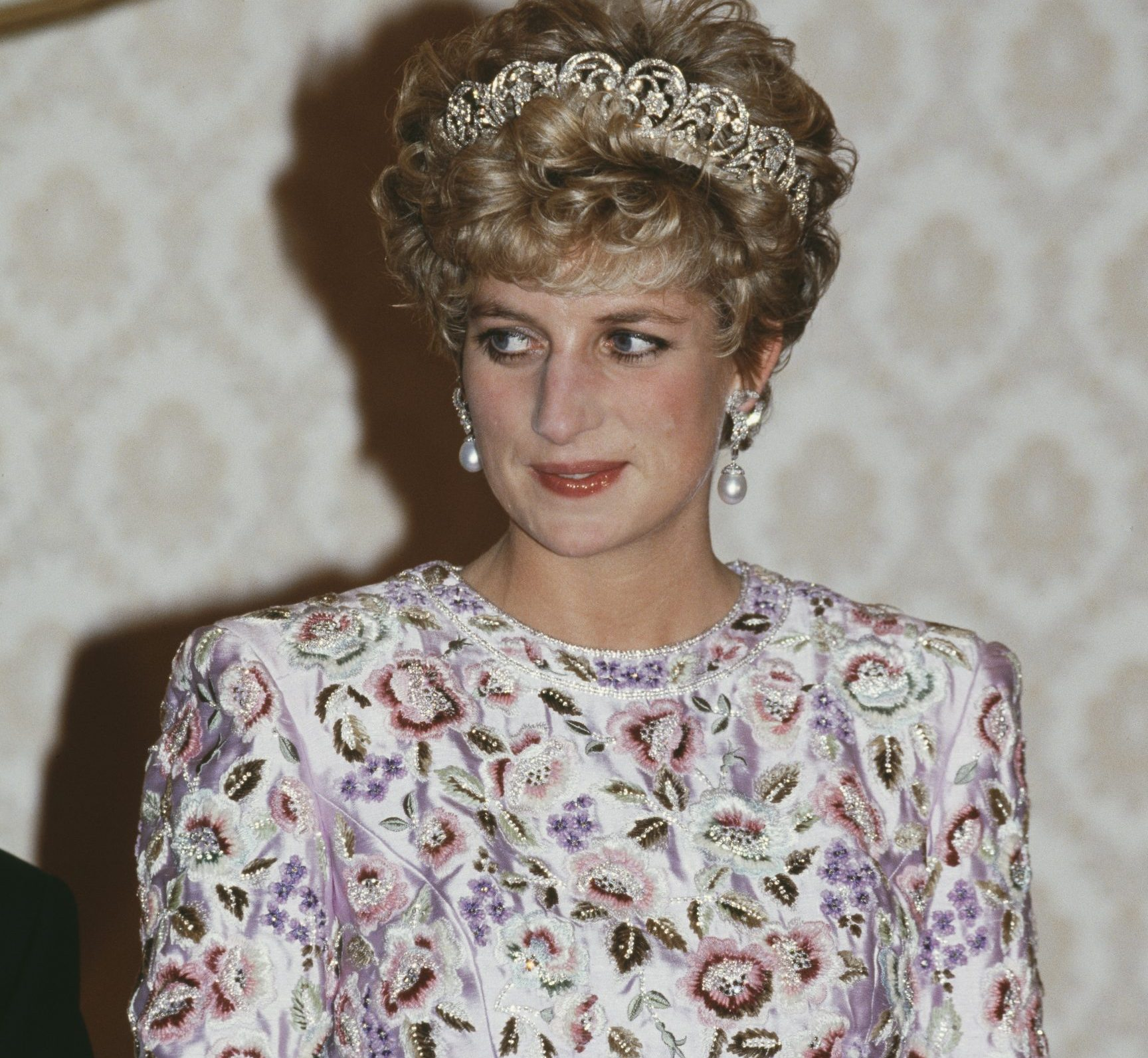 GettyImages 1209004604 scaled e1623147999592 Princess Diana's Most Iconic Outfits