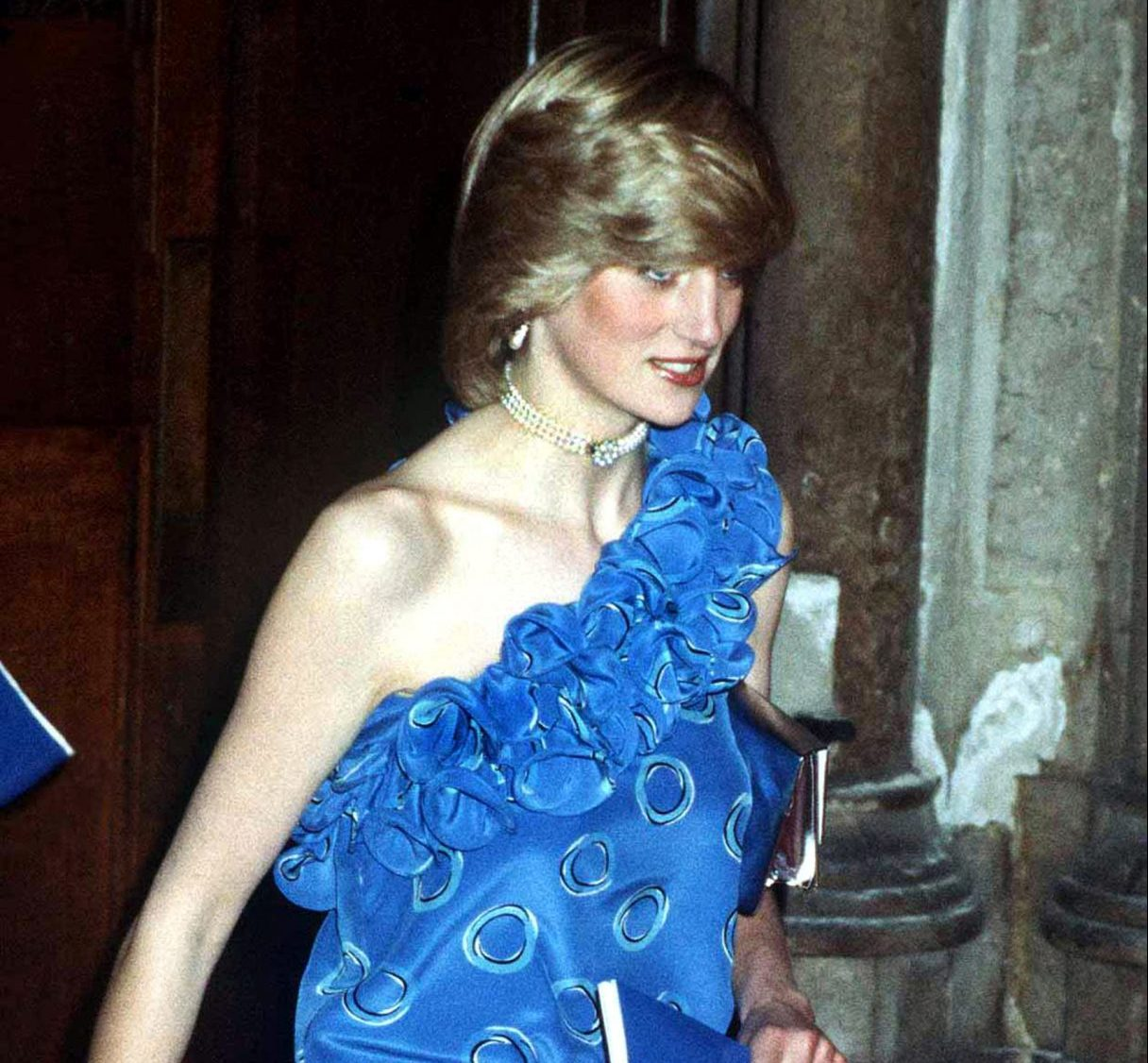 GettyImages 73423741 scaled e1623145111206 Princess Diana's Most Iconic Outfits
