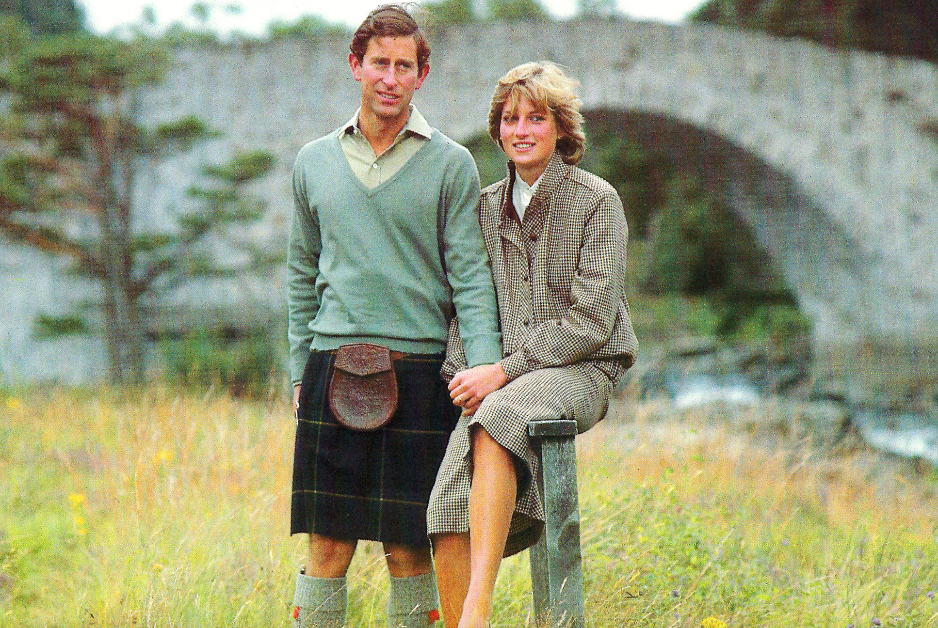 Screenshot 2021 06 03 at 15.34.53 Princess Diana's Most Iconic Outfits