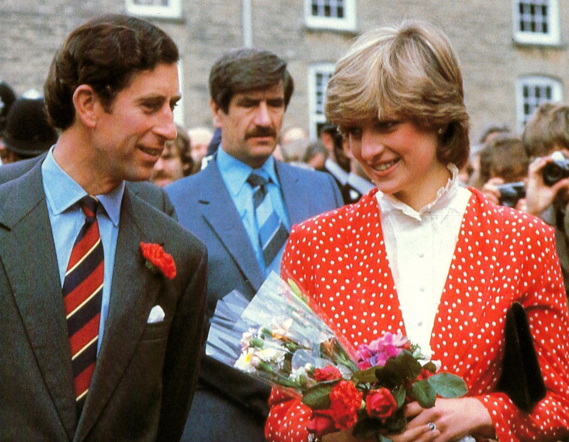 Screenshot 2021 06 03 at 15.40.57 Princess Diana's Most Iconic Outfits