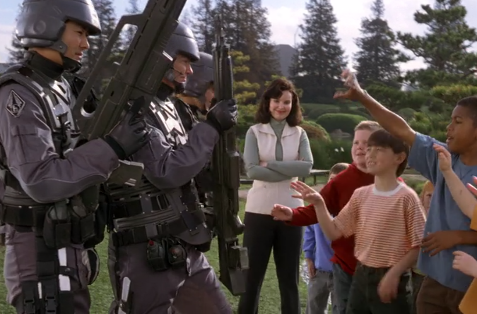 Starship Troopers e1623320451292 Mark Wahlberg Almost Starred, And More You Never Knew About Starship Troopers