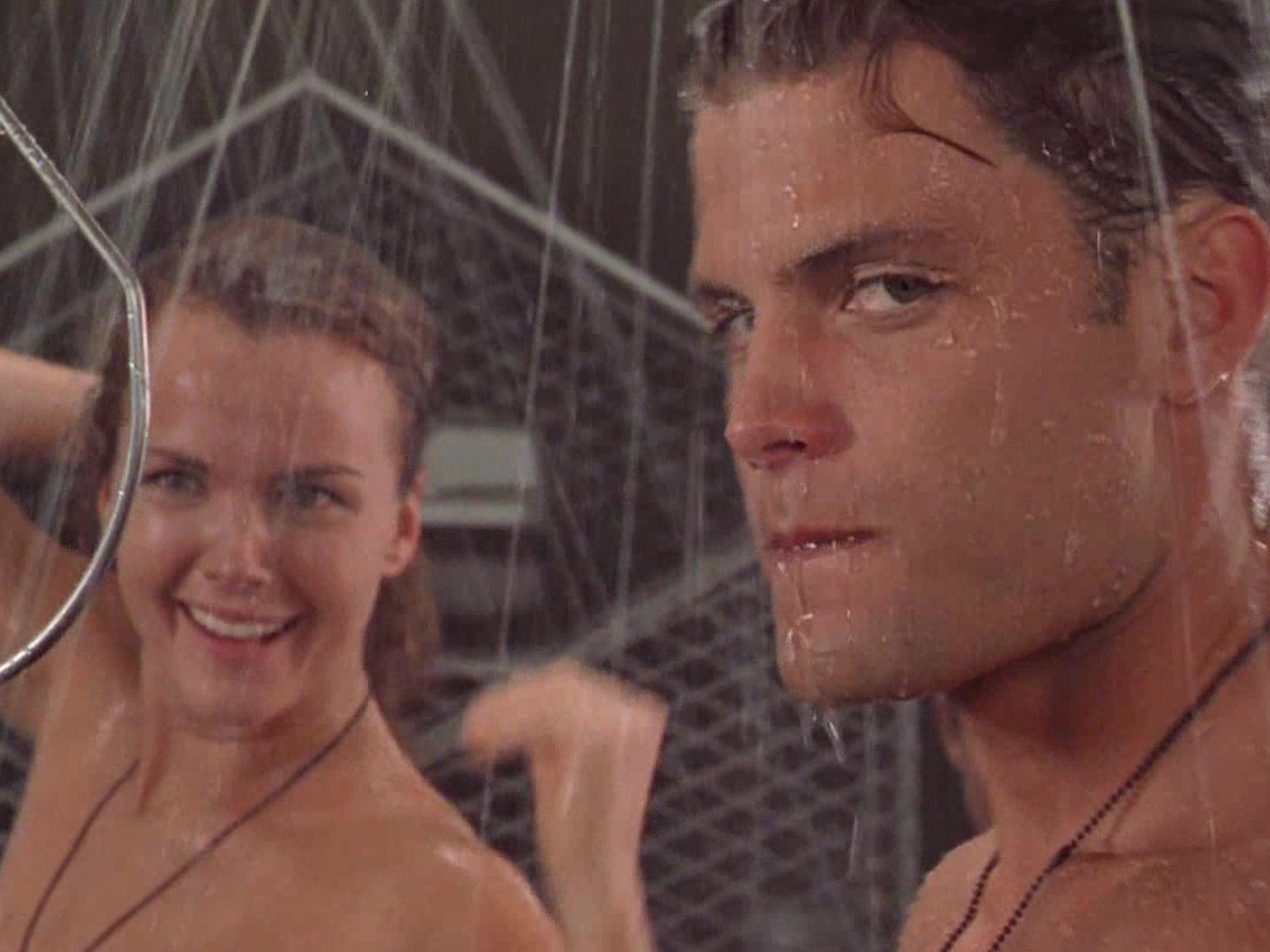 StarshipTroopers 1 e1621519831111 Mark Wahlberg Almost Starred, And More You Never Knew About Starship Troopers