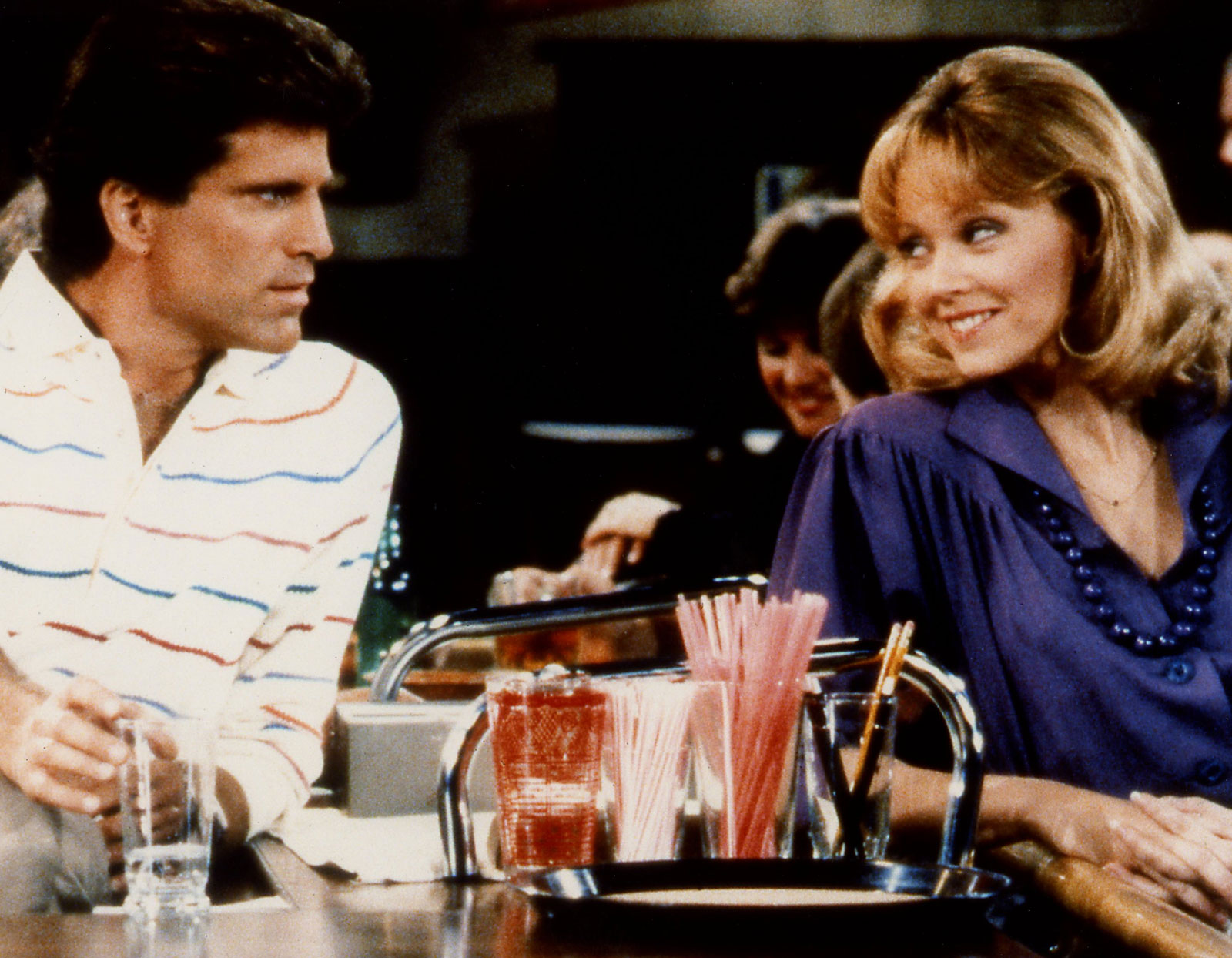 Ted Danson Shelley Long Cheers Raise Your Glasses To These Facts You Might Not Have Known About Cheers