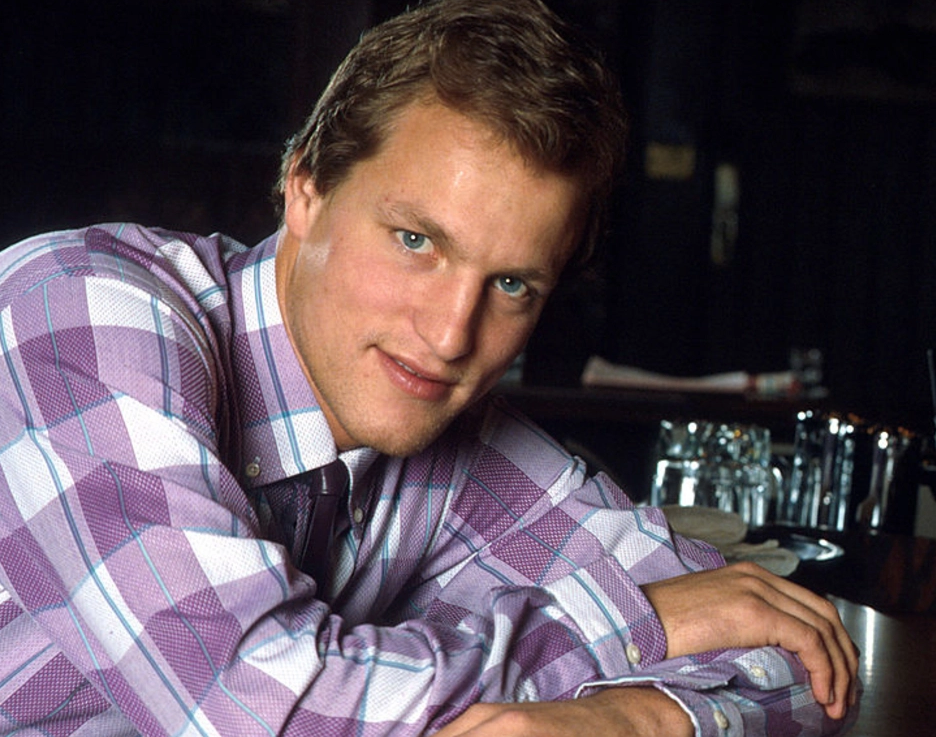 Woody Harrelson Cheers e1623677450768 Raise Your Glasses To These Facts You Might Not Have Known About Cheers
