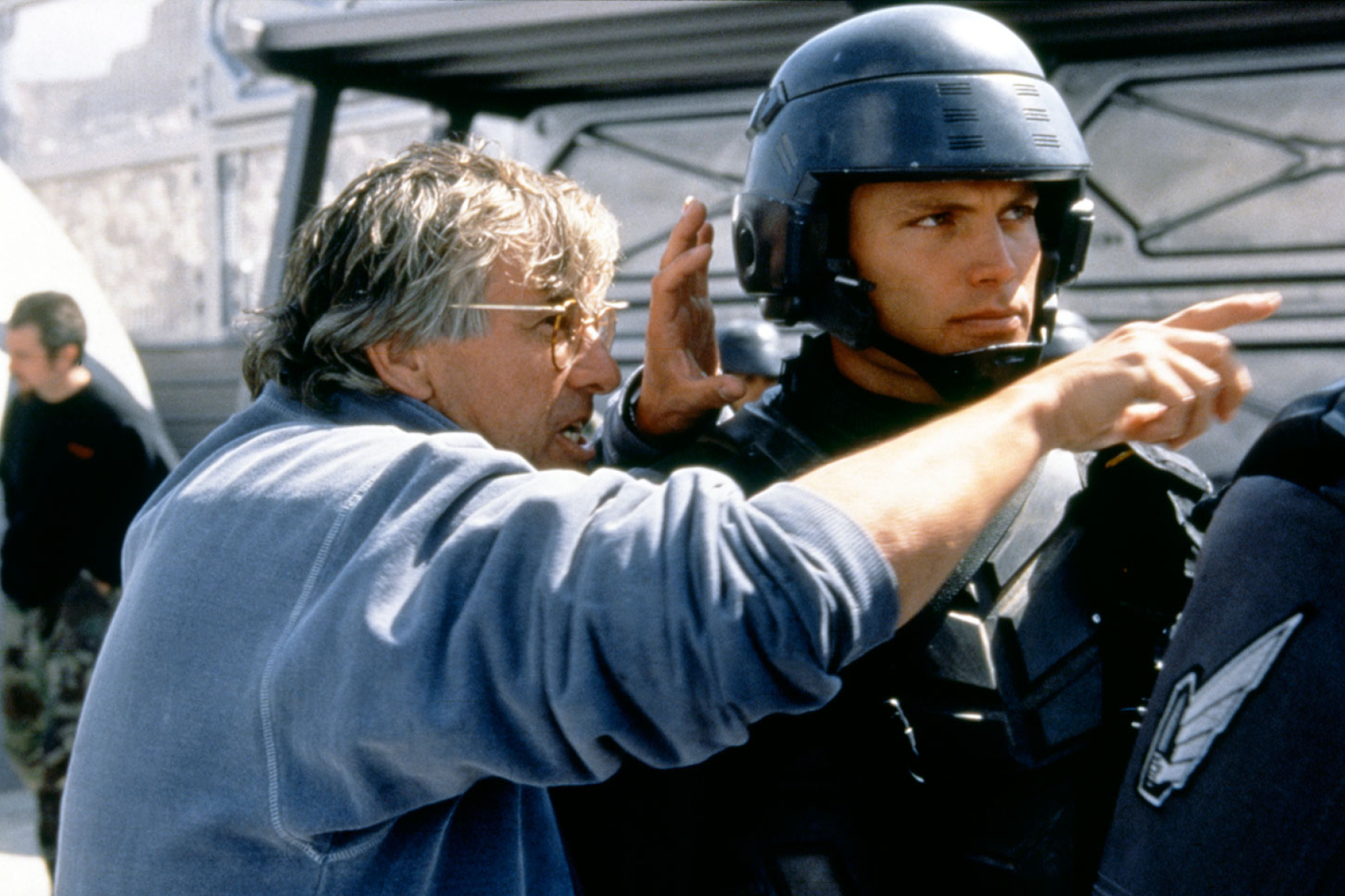 rs paul verhoeven starship troopers 4bdfa700 4ead 46ed a1d8 84244f1ad469 Mark Wahlberg Almost Starred, And More You Never Knew About Starship Troopers