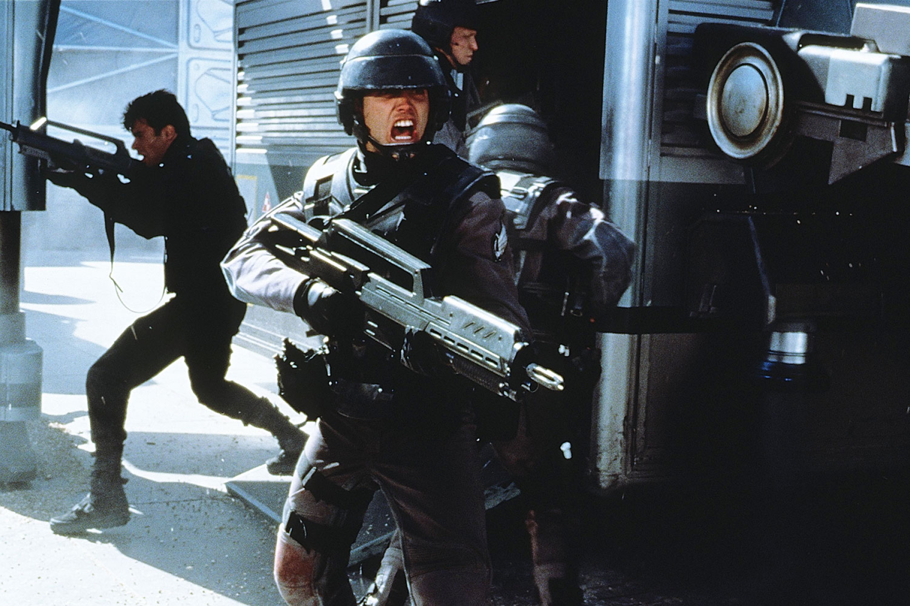 rs starship troopers 2ad12807 1c7f 4a72 8030 dc9de03da3cb 25 Movie Heroes Who Were Actually Kind of the Villain