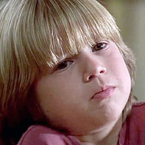 4 6 Remember The Cute Kid From Liar Liar? Here's What He Looks Like Now!