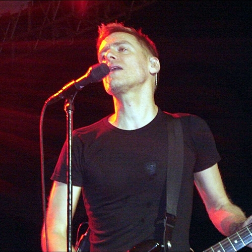 4 You'll Be In Heaven With These 10 Facts About Rock Legend Bryan Adams