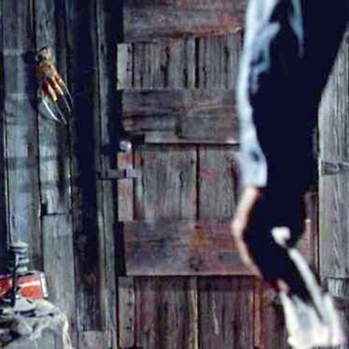 5 3 Hail To The King, Baby! It's 10 Groovy Facts About The Evil Dead Trilogy
