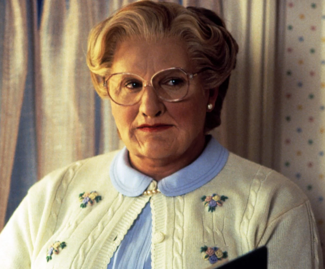 Screen Shot 2021 06 22 at 14.24.34 e1624368303501 25 Things You Never Knew About Mrs. Doubtfire
